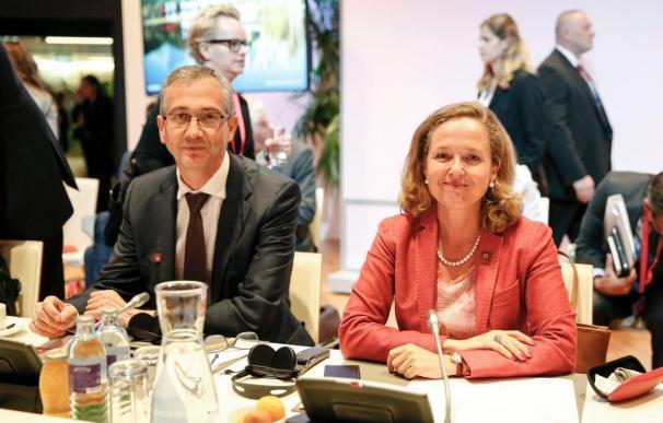La ministra Calviño y el Gobernador del Banco de España Pablo Hernández de Cos