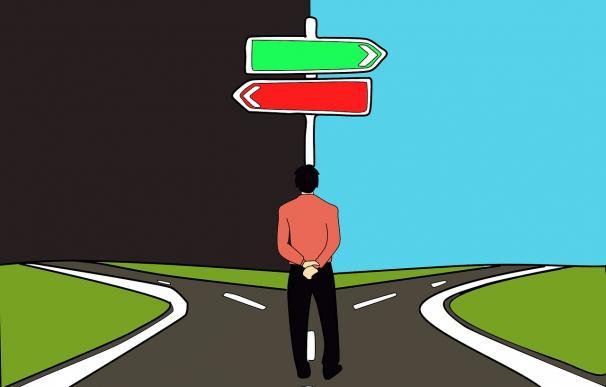 ¿Por qué elegimos un camino y no otro? / Pixabay