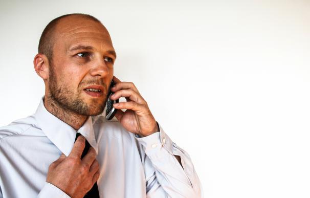 Por teléfono también se capta el nerviosismo. / Pexels