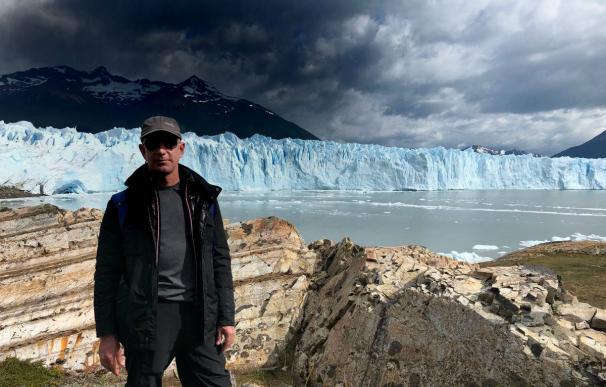 Jeff Bezos durante una visita al glaciar Perito Moreno