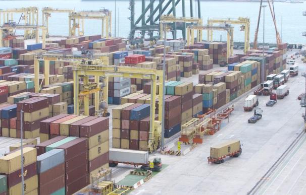 El déficit comercial aumenta un 31,5% en los seis primeros meses