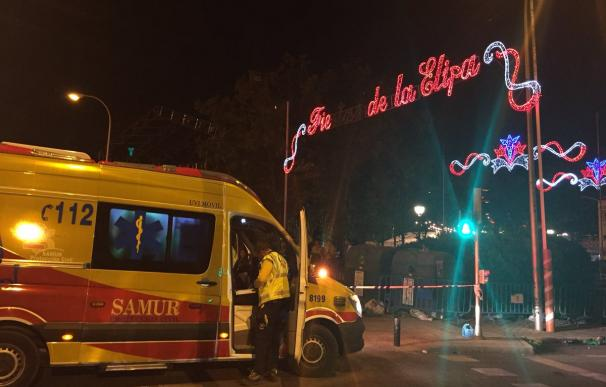 El Samur atiende al varón que presentaba una herida por arma blanca en el tórax (Foto: Emergencias Madrid)