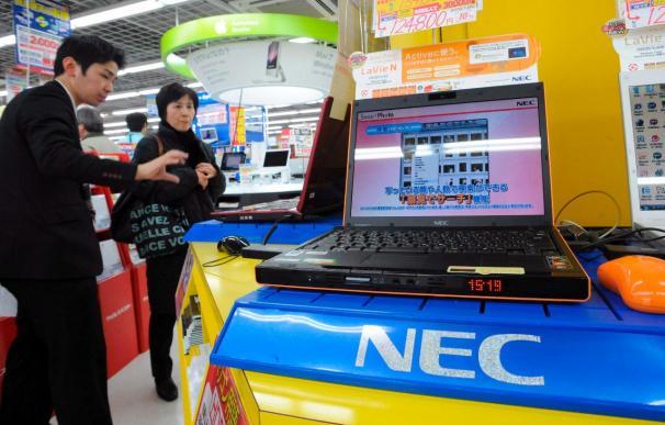 NEC despedirá a 10.000 trabajadores para combatir el deterioro de sus cuentas