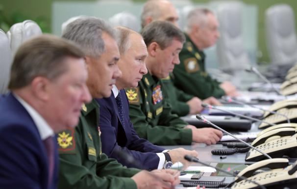 Putin presidió el exitoso ensayo del nuevo misil hipersónico Avangard,