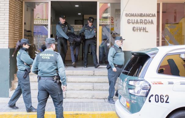 Bernardo Montoya saliendo de la Comandancia tras confesar que mató a Laura.