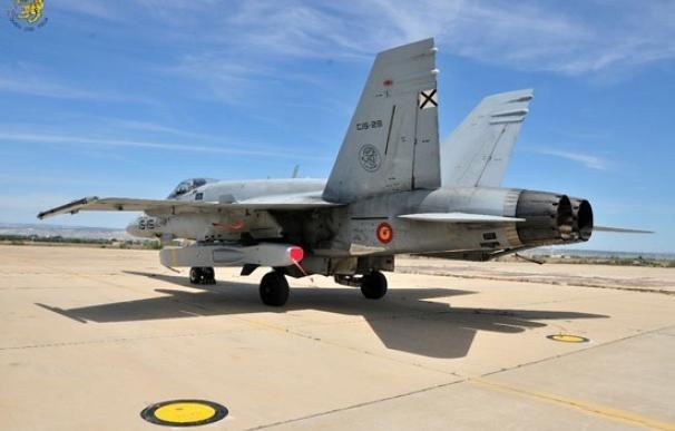 Los cazas F-18 del Ejército del Aire prueban el misil Taurus en el norte de Suecia