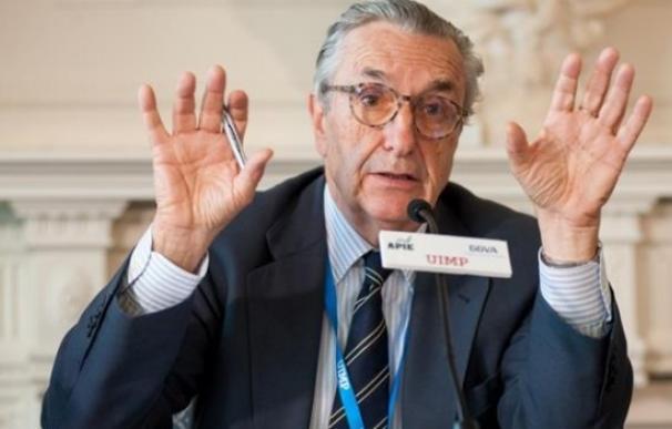 El presidente de la CNMC, José María Marín, en un acto en Santander.