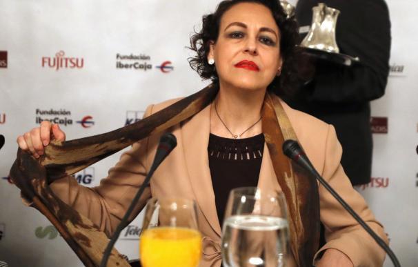 La ministra de Trabajo, Migraciones y Seguridad Social, Magdalena Valerio, poco antes de su intervención en un desayuno informativo, hoy en un hotel de Madrid. EFE/Javier Lizón