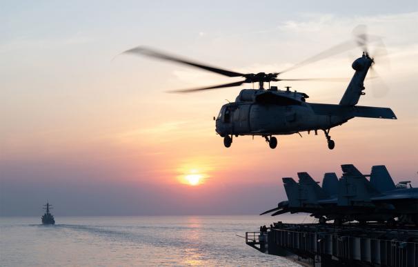 Maniobras de EEUU en el Estrecho de Hormuz