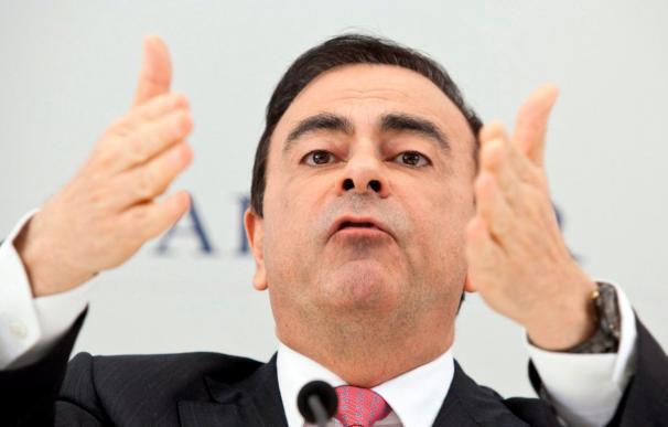 Los accionistas renuevan el mandato de Carlos Ghosn al frente de Renault