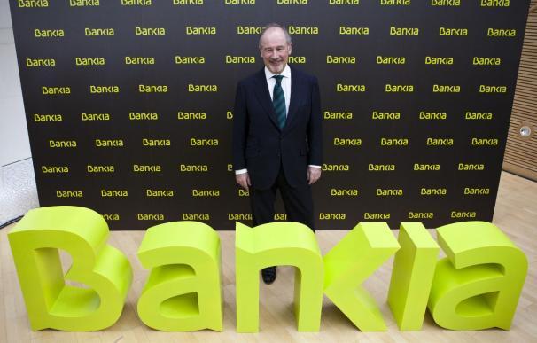 """Rato recalca que la """"única"""" oferta que Bankia estudia es hacerse con Unnim"""
