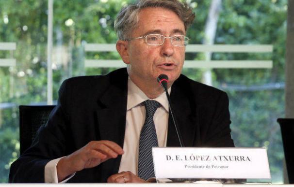 Emiliano López Atxurra, pesidente de Petronor. EFE