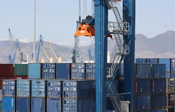Las exportaciones por vía marítima crecen cerca del 10% en el primer semestre, según Puertos del Estado