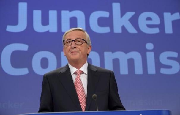El Ecofin pide a Juncker que acelere los preparativos del plan de inversión de 300.000 millones