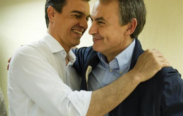 Sánchez con Zapatero