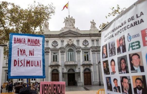 Fotografía protestas contra impuesto hipotecas / EFE