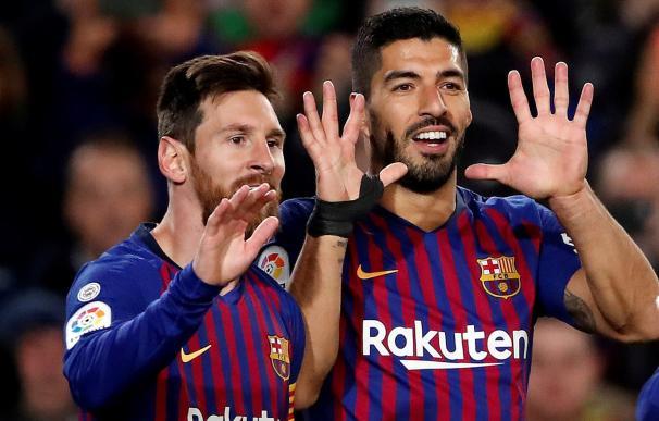 Suárez y Messi anotaron los goles del Barcelona.
