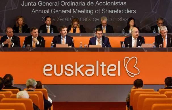 Junta general de accionistas de Euskaltel celebrada en junio pasado. MIGUEL TOÑA EFE