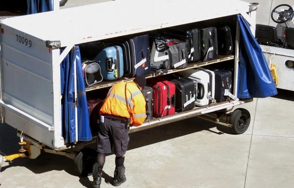 Fotografía de un mozo de equipaje.