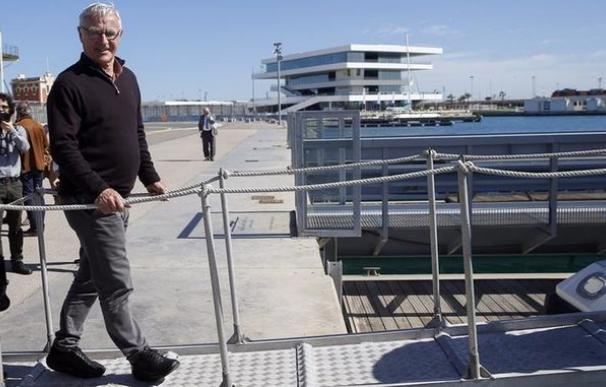El alcalde de Valencia, Joan Ribó, frente a la Marina de València / EFE