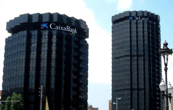 CaixaBank prevé canjear esta semana las acciones de Banco de Valencia tras registrar la fusión