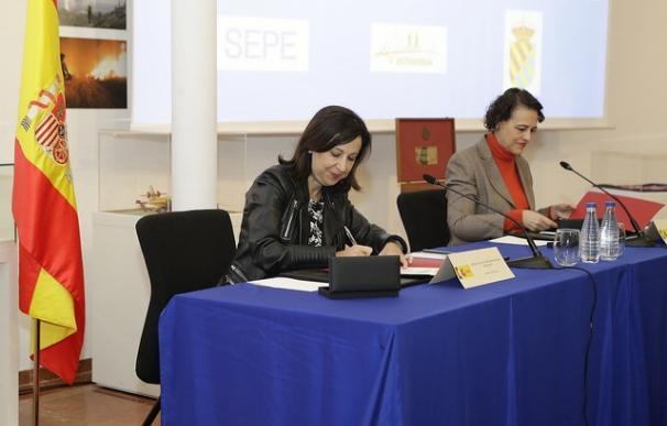 Las ministras de Defensa y de Trabajo, Margarita Robles y Magdalena Valerio