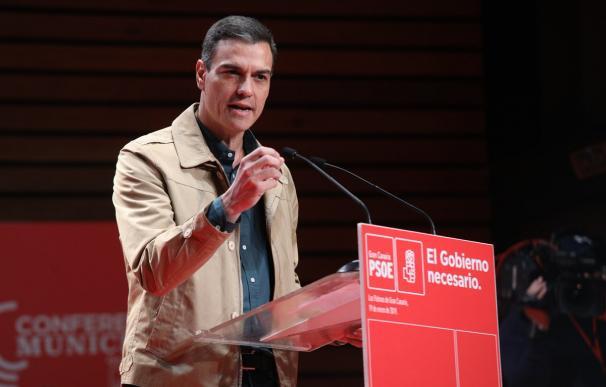 Pedro Sánchez interviene en la clausura de la Conferencia Municipal del PSOE de Canarias, que se celebra en Las Palmas este fin de semana. (Foto: PSOE)