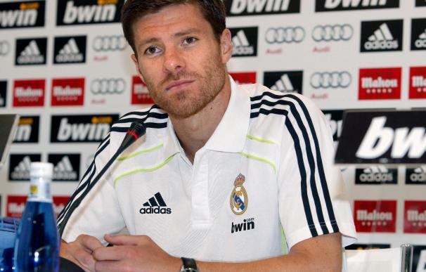 """Xabi Alonso afirma que Mourinho """"no exime de responsabilidad a los futbolistas"""""""
