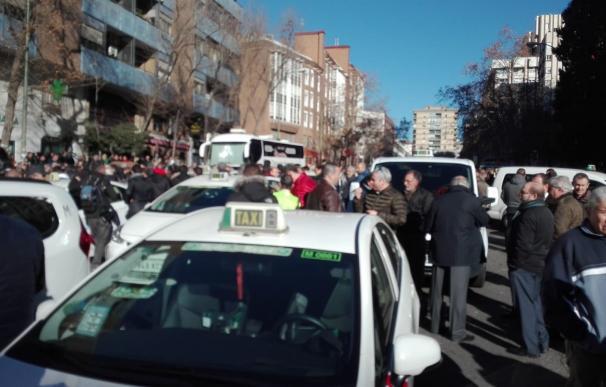 Concentración de taxistas contra las VTC