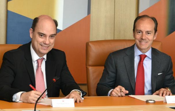 José Manuel Inchausti, consejero delegado de Mapfre España y el consejero delegado de Santander España, Rami Aboukhair.