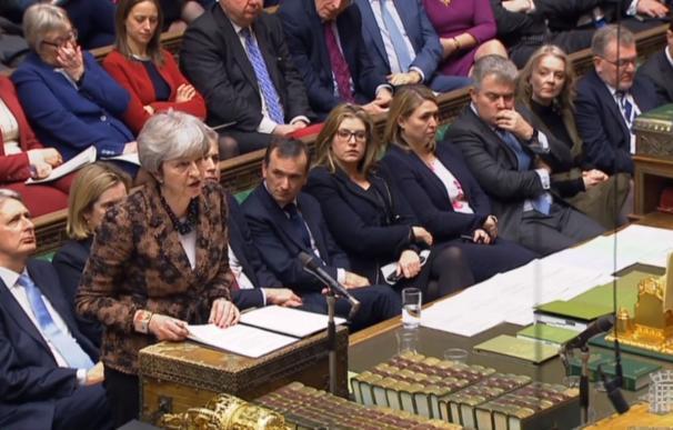 Theresa May durante su intervención este lunes en la Cámara de los Comunes.