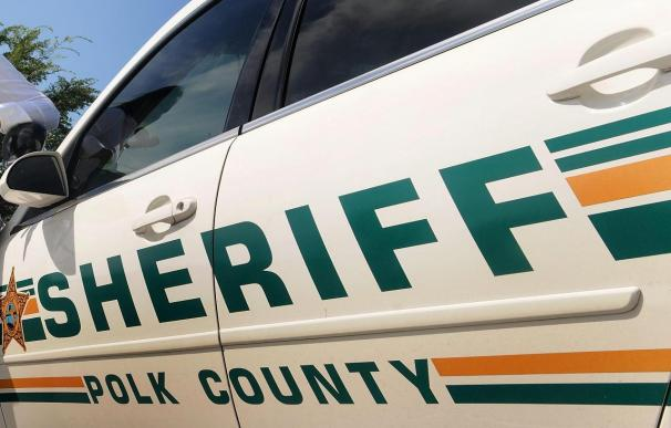La Policía busca al padre de 5 niños hallados muertos en Florida