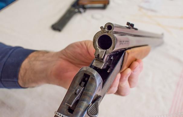 Fotografía de una escopeta.