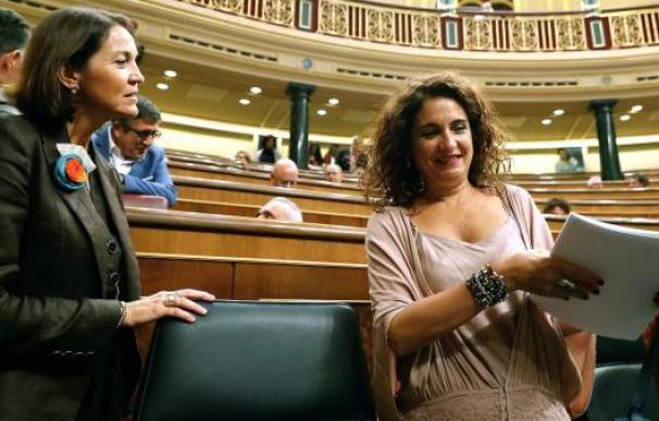 Fotografía de María Jesús Montero con Reyes Maroto / EFE
