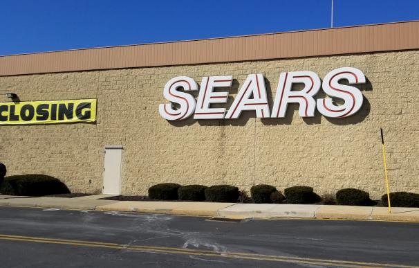 A Sears le quedaba un telediario. / Mike Kalasnik