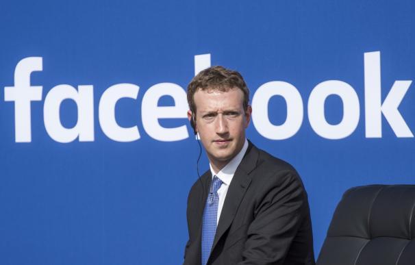 Zuckerberg vive uno de sus años más negros.