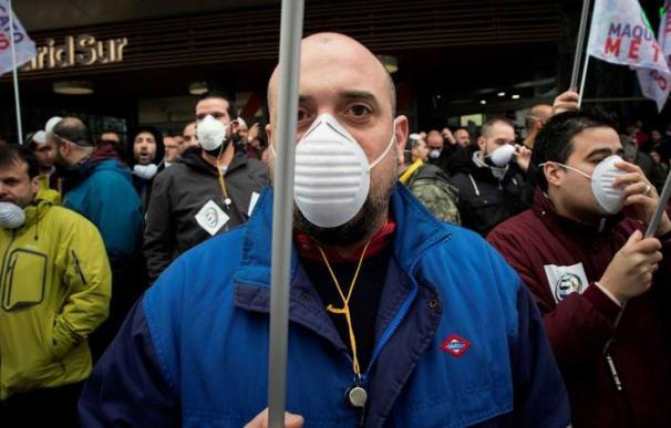 """Imagen de los paros en el Metro de Madrid el pasado mes de marzo por la """"mala gestión"""" del Metro en el caso del amianto. EFE BCM"""