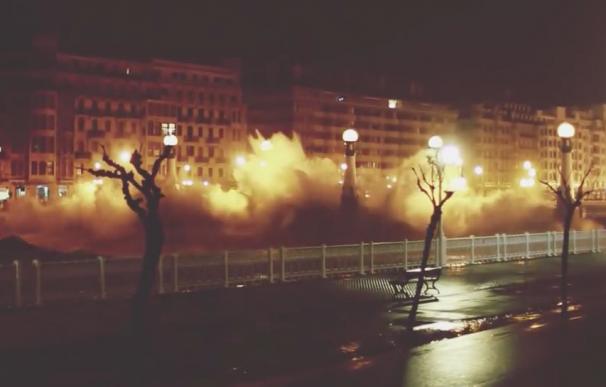 Fotografía de los efectos de la ciclogénesis explosiva Gabriel en San Sebastián.