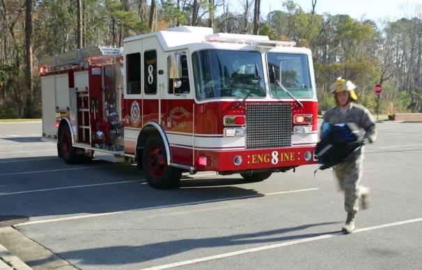 Fotografía de un camión de bomberos.