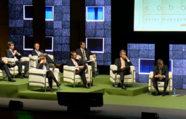 Paramés celebra su tercera conferencia anual de Cobas.