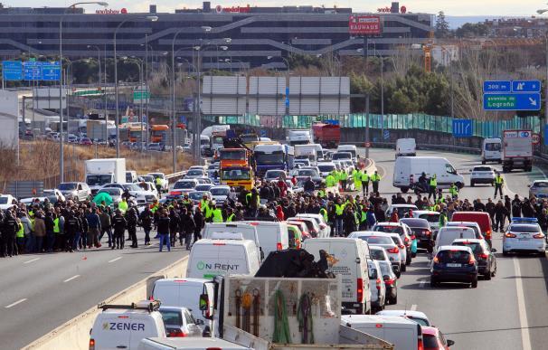 Taxi M-40, M40, huelga taxi, taxistas, Madrid