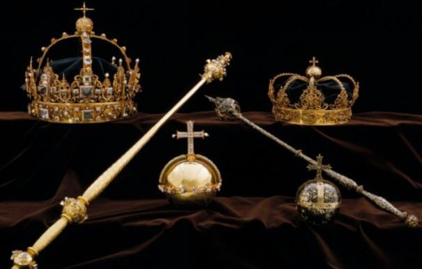 Coronas y objetos de valor de la familia real sueca. (Foto: Sky News).