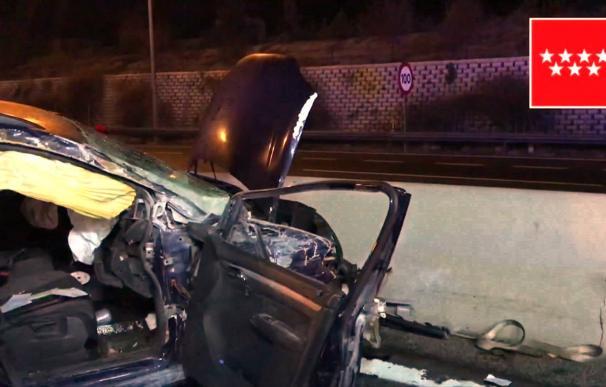 Imagen del estado en el que ha quedado el vehículo accidentado (Emergencias Madrid)
