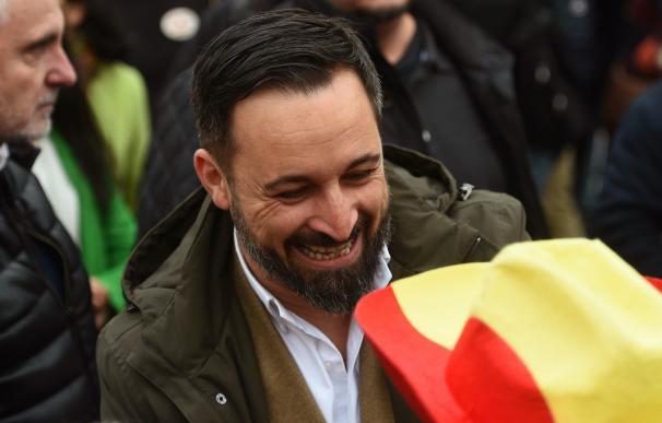 El presidente de Vox, Santiago Abascal, a su llegada a la concentración (EFE/Fernando Villar)
