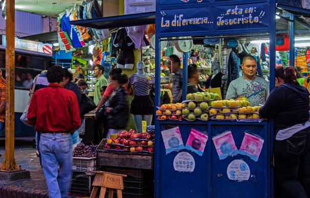 Un vendedor de fruta en San Jose, Costa Rica. / David Ingram