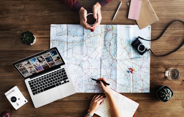 No solo hay que planificar los viajes, sino también cómo abordar las reuniones. / Pexels