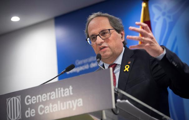 El presidente de la Generalitat, Quim Torra, durante una comparecencia ante los medios tras finalizar la primera jornada del juicio del 1-O ( EFE/Luca Piergiovanni)