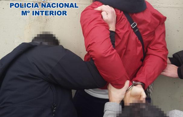 Policía detiene italiano