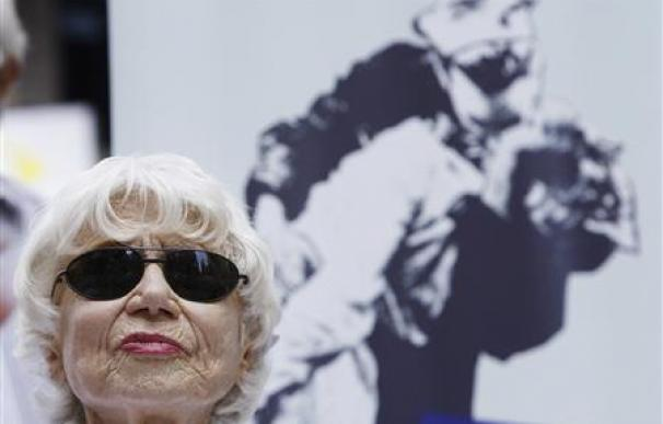 Muere la mujer de la foto de 1945 del beso en Times Square