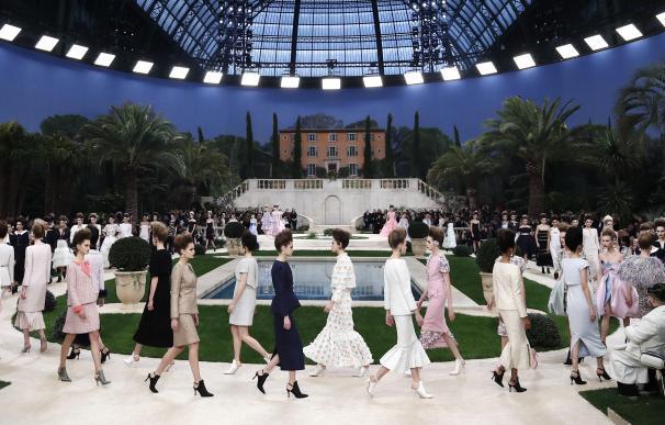 Ultimo desfile de Chanel diseñado por Karl Lagerfeld.